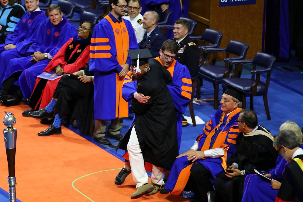 University of Florida Apologizes for Ushering African American Students Off stage For Excessive Celebration