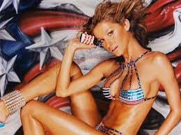Gisele Bundchen has Immense Experience in Beach Photography