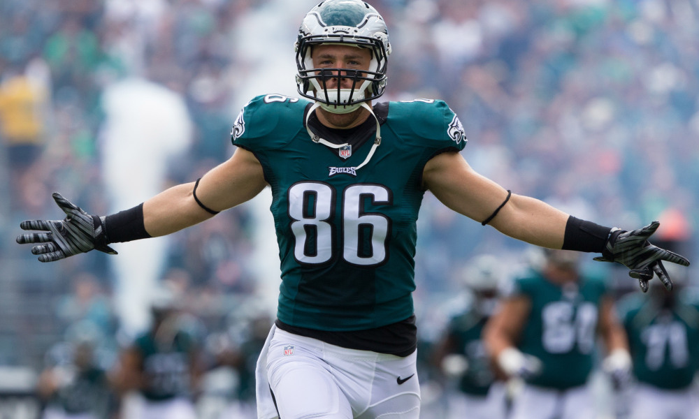 Zach Ertz Calls Out FOX News for Suggesting the Eagles Kneeled During the National Anthem