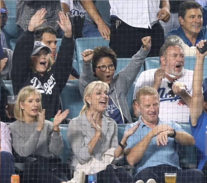 Jerry Jones Defends Jason Garrett for Attending World Series Game