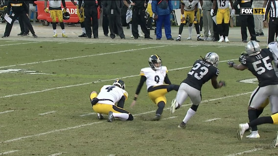Steelers Lose to the Raiders when Kicker Chris Boswell Slips on Game Tying Field Goal Attempt