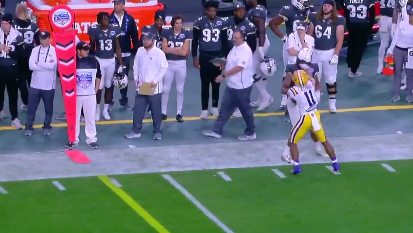 LSU's Terrence Alexander Ejected from the Fiesta Bowl after Throwing a Punch