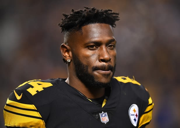 Antonio Brown Posts Message During Mike Tomlin's Press Conference