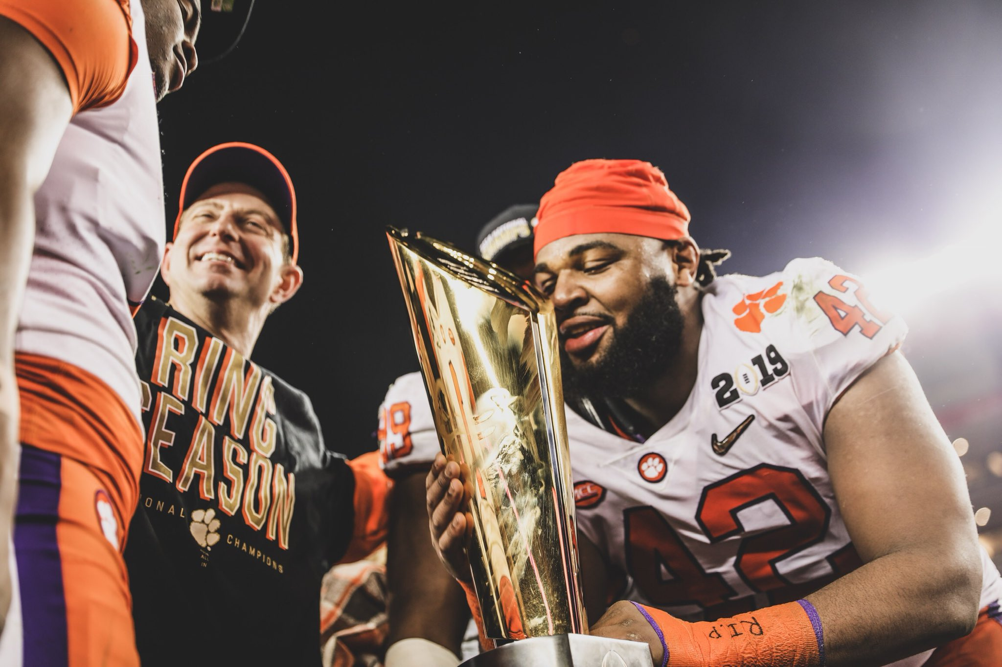Clemson Destroyed Alabama to Win the National Championship