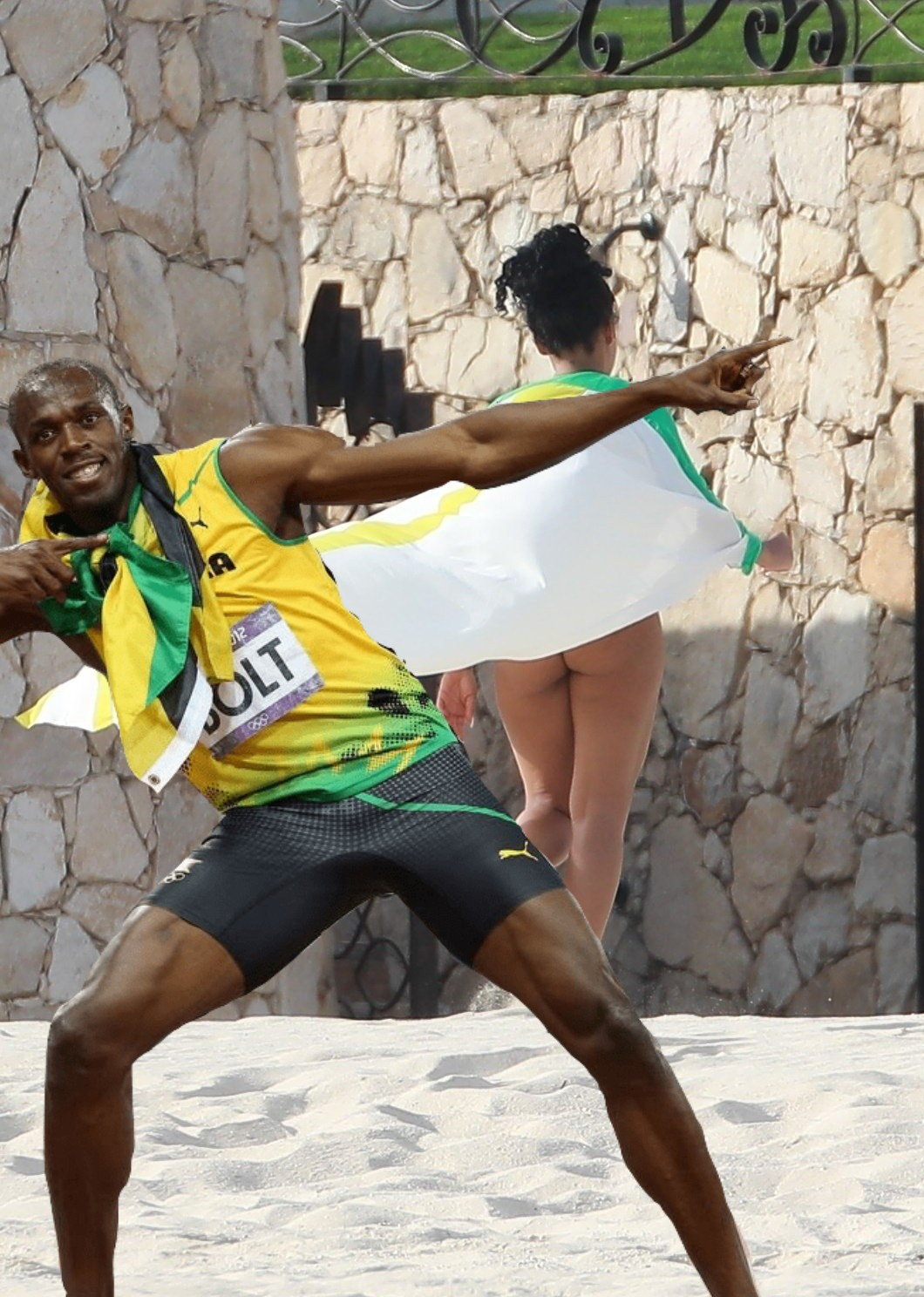 Usain Bolt and His Girlfriend Kasi Bennett Speed Away to Cabo