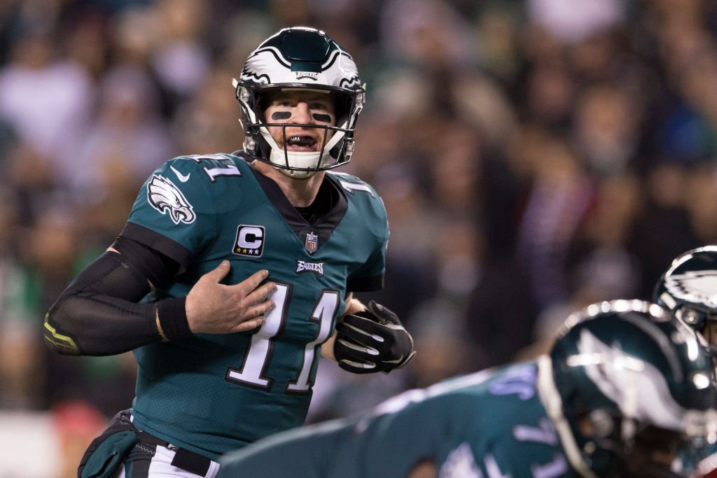 Eagles Players Defend Carson Wentz After Report on 'Selfish' QB